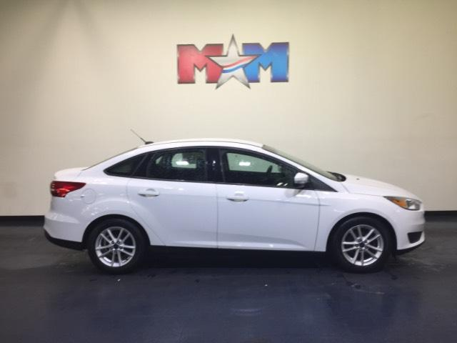 Pre Owned 2016 Ford Focus 4dr Sdn Se