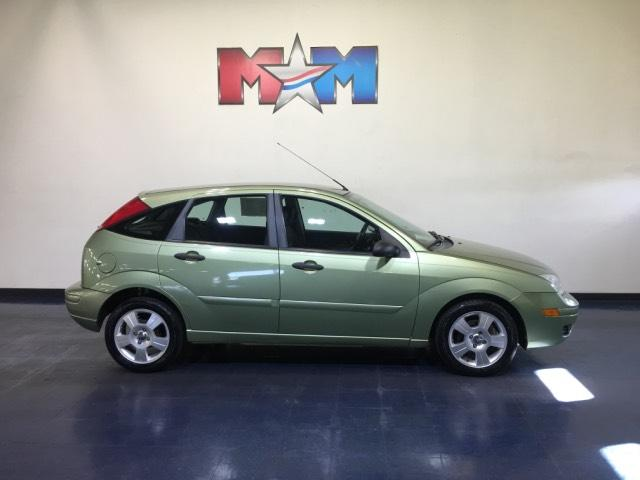 Pre-Owned 2007 Ford Focus 5dr HB SES