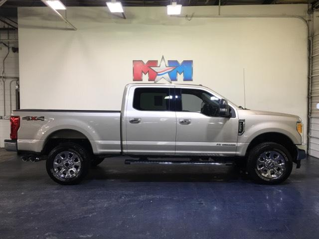 Pre-Owned 2017 Ford Super Duty F-250 SRW Lariat 4WD Crew Cab 6.75' Box