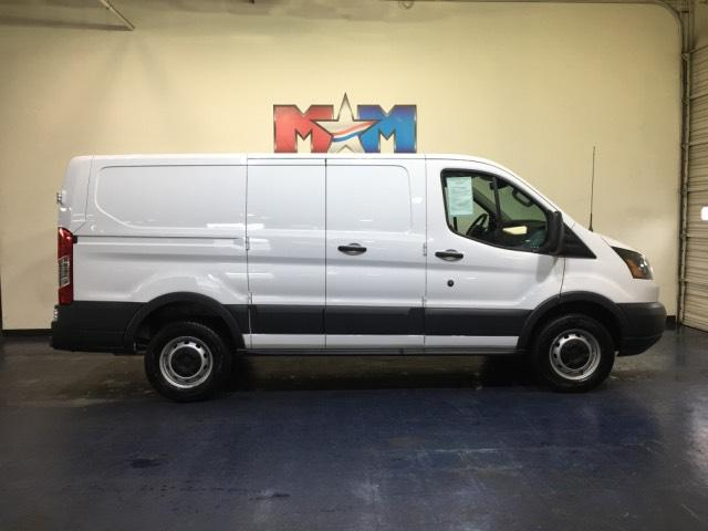 Pre-Owned 2018 Ford Transit T-250 130 Low Rf 9000 GVWR Swing-O