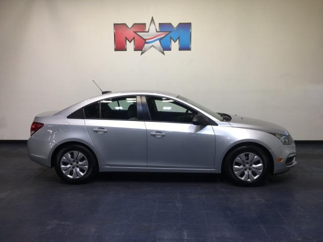 Pre-Owned 2016 Chevrolet Cruze 4dr Sdn Man LS