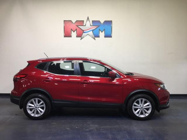 Pre-Owned 2018 Nissan Rogue Sport 2018.5 AWD SV