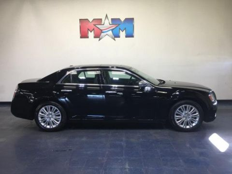 Pre-Owned 2013 Chrysler 300 4dr Sdn Luxury Series AWD *Ltd Avai