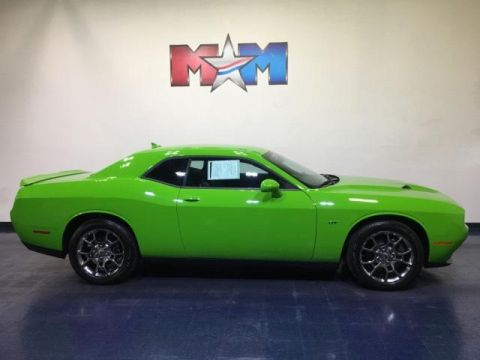 Pre-Owned 2017 Dodge Challenger GT Coupe