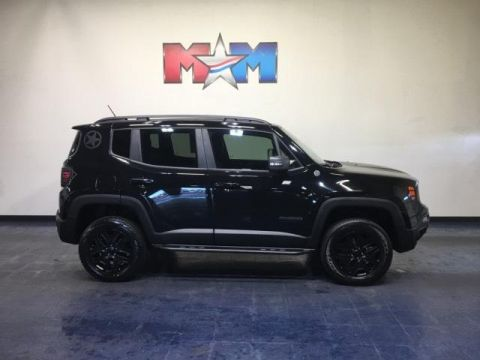 Pre-Owned 2017 Jeep Renegade Deserthawk 4x4 *Ltd Avail*